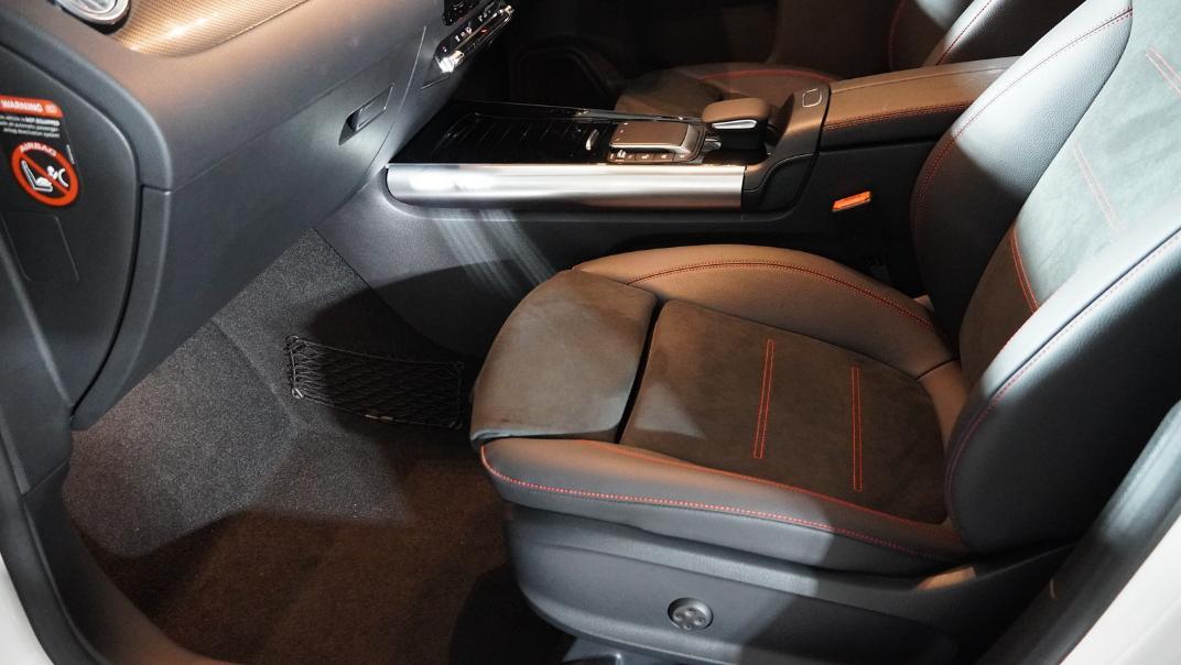 2021 Mercedes-Benz GLA-Class 200 AMG Dynamic Interior 023
