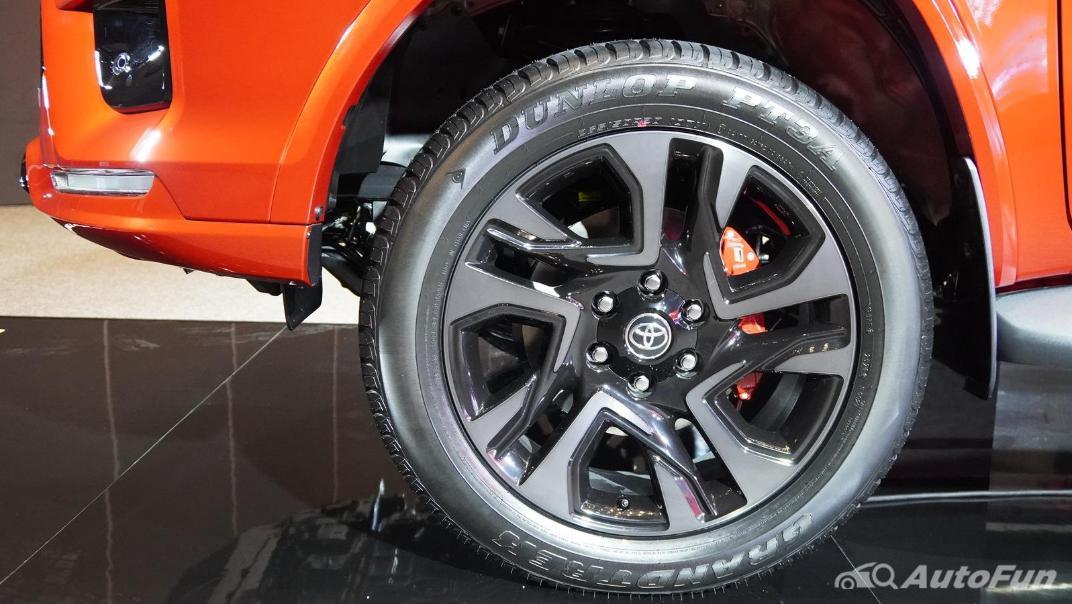 2021 Toyota Fortuner 2.8 GR Sport 4WD Exterior 027