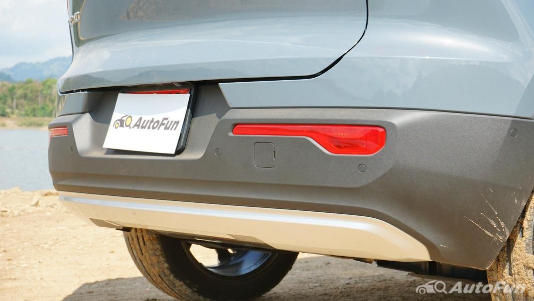 2020 Volvo XC 40 2.0 R-Design Exterior 025