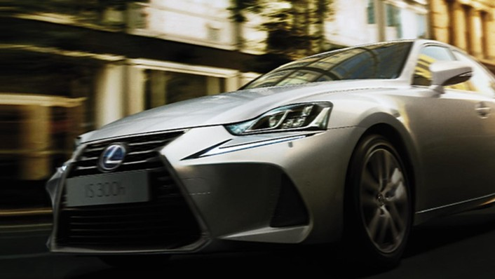 Lexus IS 2020 Exterior 009