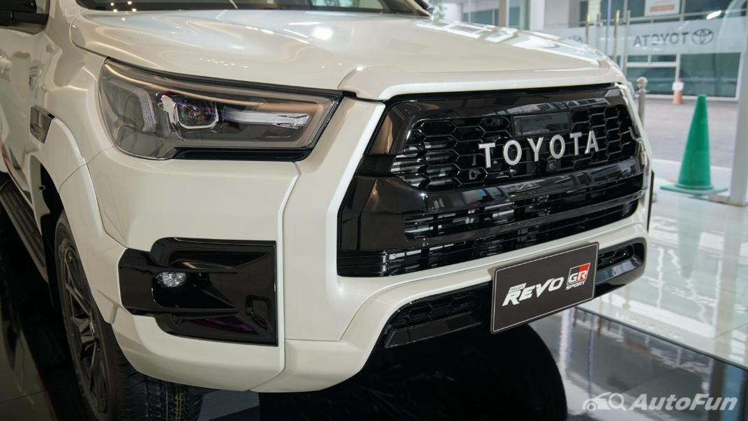 2021 Toyota Hilux Revo Double Cab 4x4 2.8 GR Sport AT Exterior 005