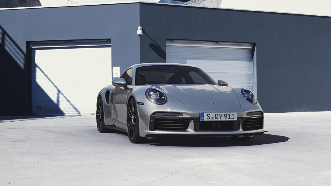 Porsche 911 Public 2020 Exterior 009