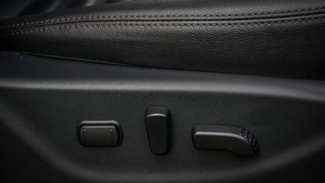 Nissan Navara 2021 Interior 032