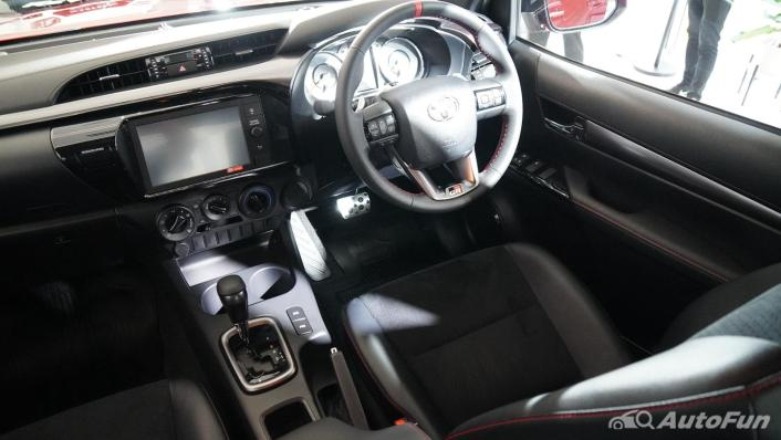 2021 Toyota Hilux Revo Double Cab 4x2 2.8 GR Sport AT Interior 002