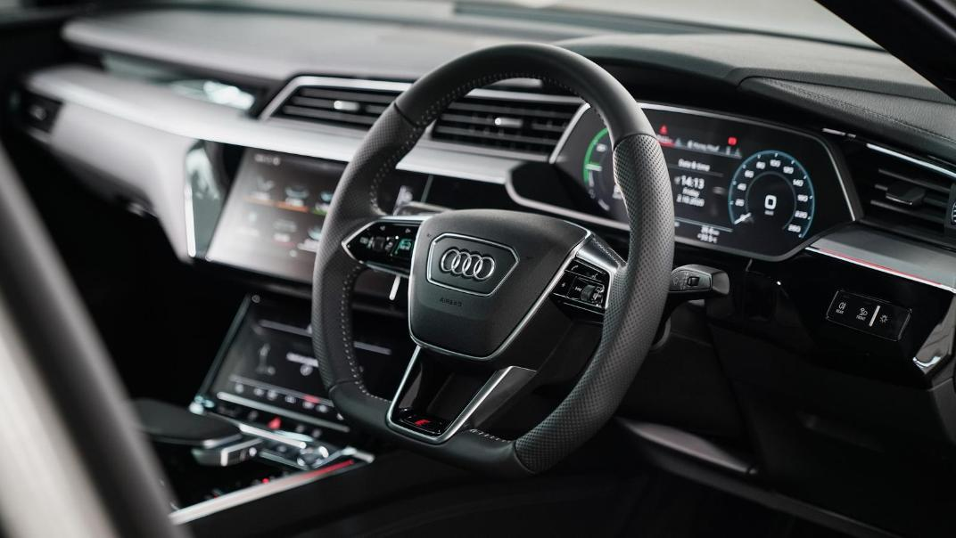 2020 Audi E Tron Sportback 55 quattro S line Interior 001