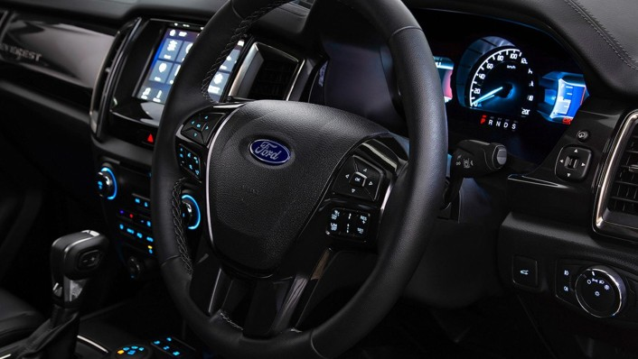 Ford Everest 2020 Interior 003