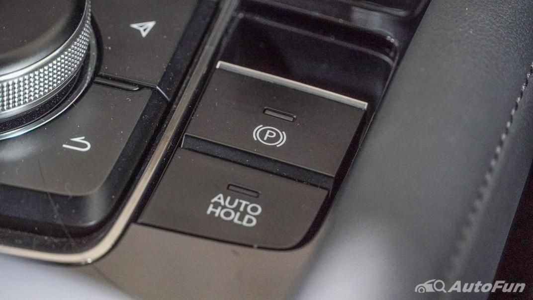 2020 Mazda 3 Fastback 2.0 SP Sports Interior 026