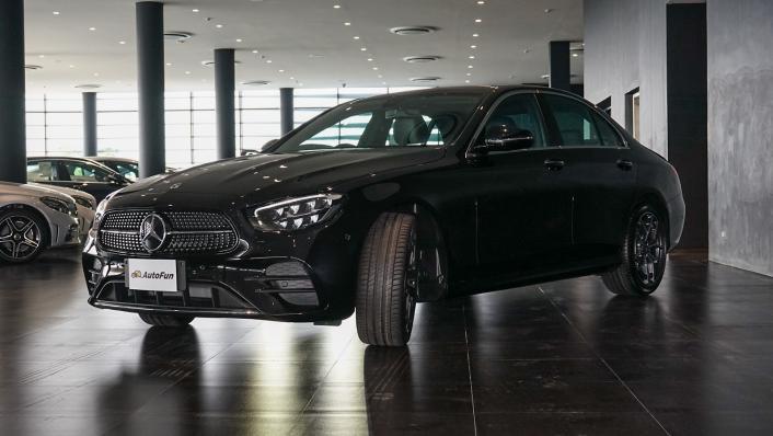2021 Mercedes-Benz E-Class Saloon E 220 d AMG Sport Exterior 006