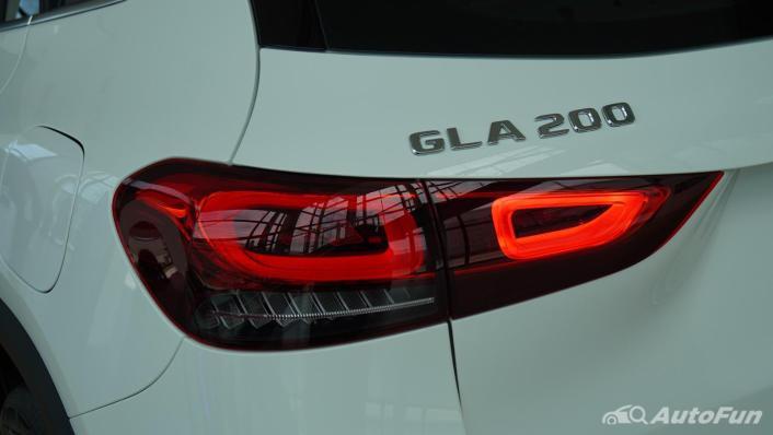 2021 Mercedes-Benz GLA-Class 200 Progressive Exterior 005
