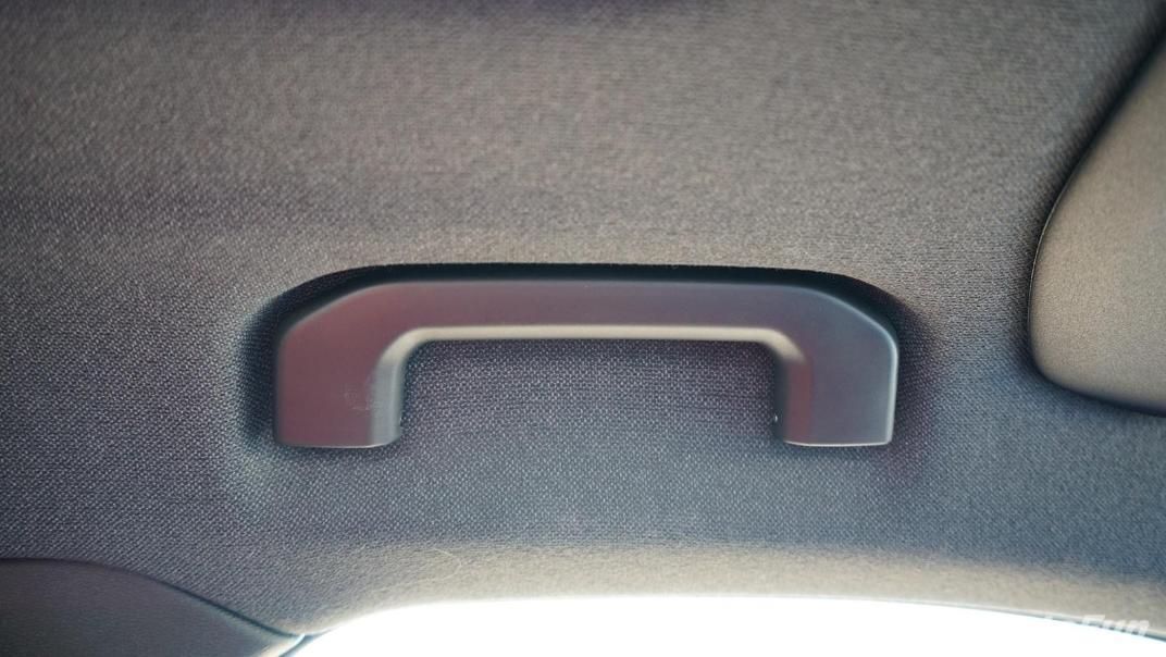 2020 Volvo XC 40 2.0 R-Design Interior 043
