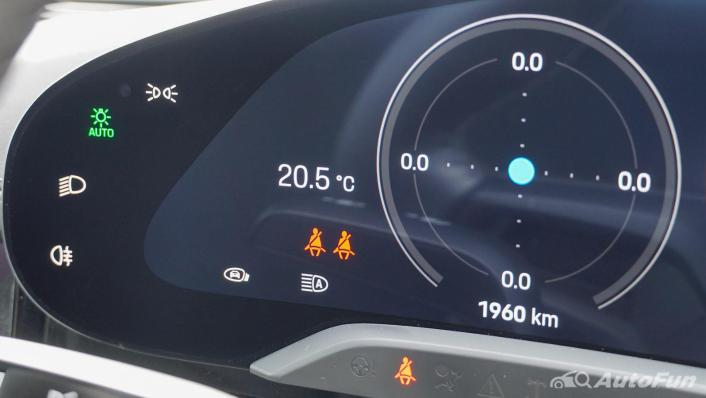 2020 Porsche Taycan Turbo Interior 004