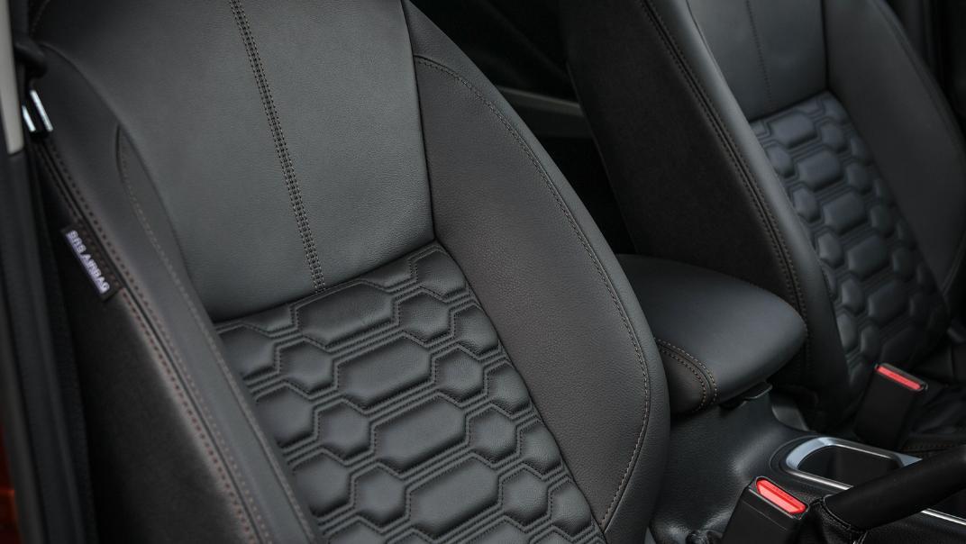 2021 Nissan Navara Double Cab 2.3 4WD VL 7AT Interior 079