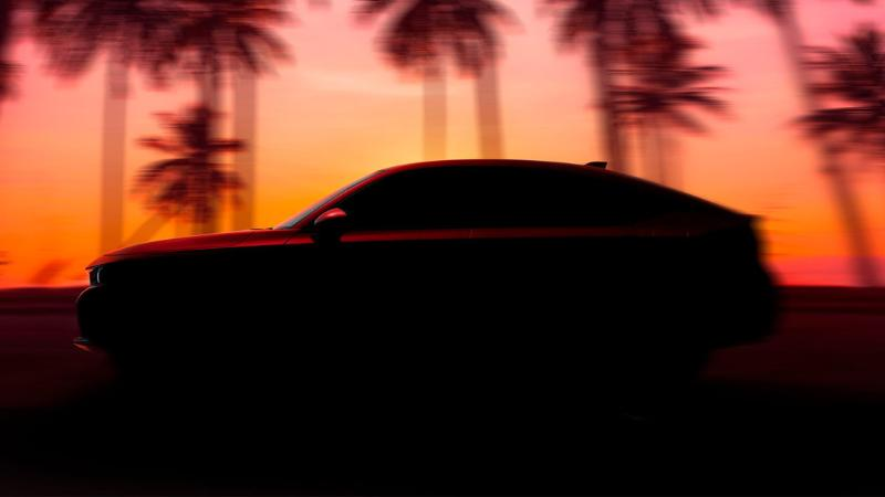 เผยภาพแรก 2022 Honda Civic Hatchback มาพร้อมเกียร์ธรรมดา เปิดตัว 23 มิถุนายนนี้ 02