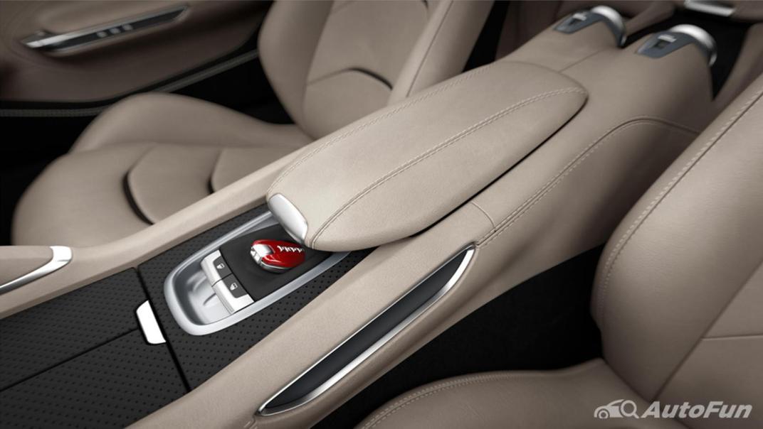 2020 Ferrari GTC4Lusso 6.2 V12 Interior 005