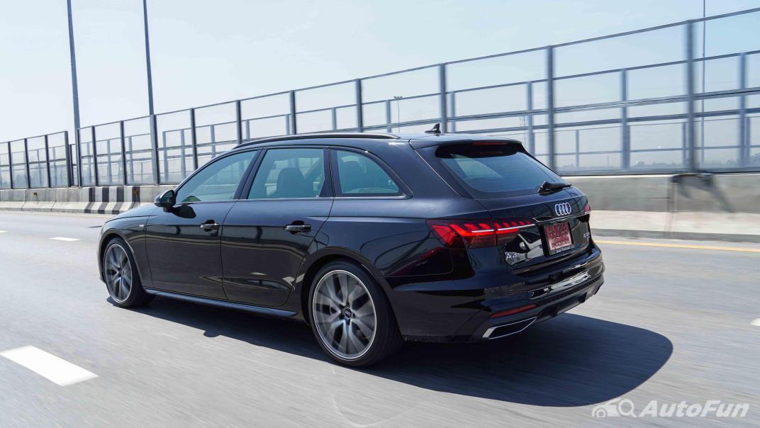 2020 Audi A4 Avant 2.0 45 TFSI Quattro S Line Black Edition Exterior 052