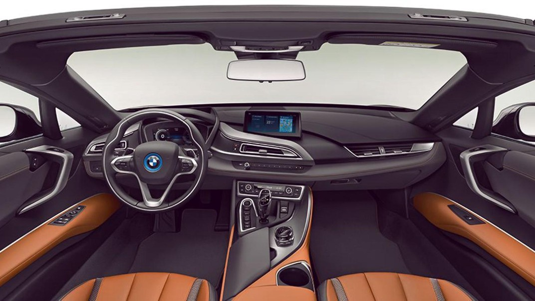 BMW I8-Roadster Public 2020 Interior 001