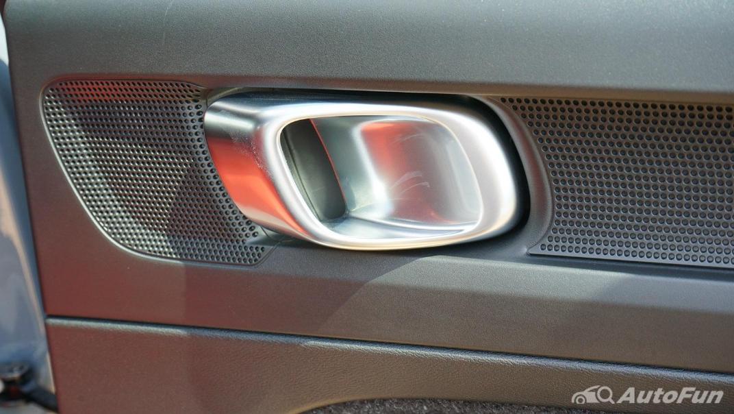 2020 Volvo XC 40 2.0 R-Design Interior 037