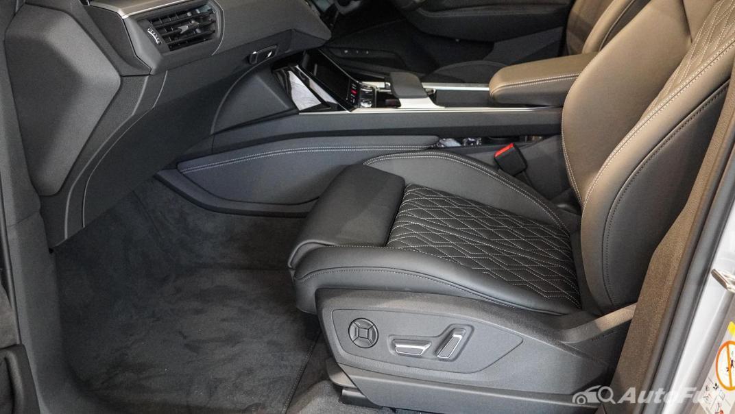 2020 Audi E Tron Sportback 55 quattro S line Interior 034
