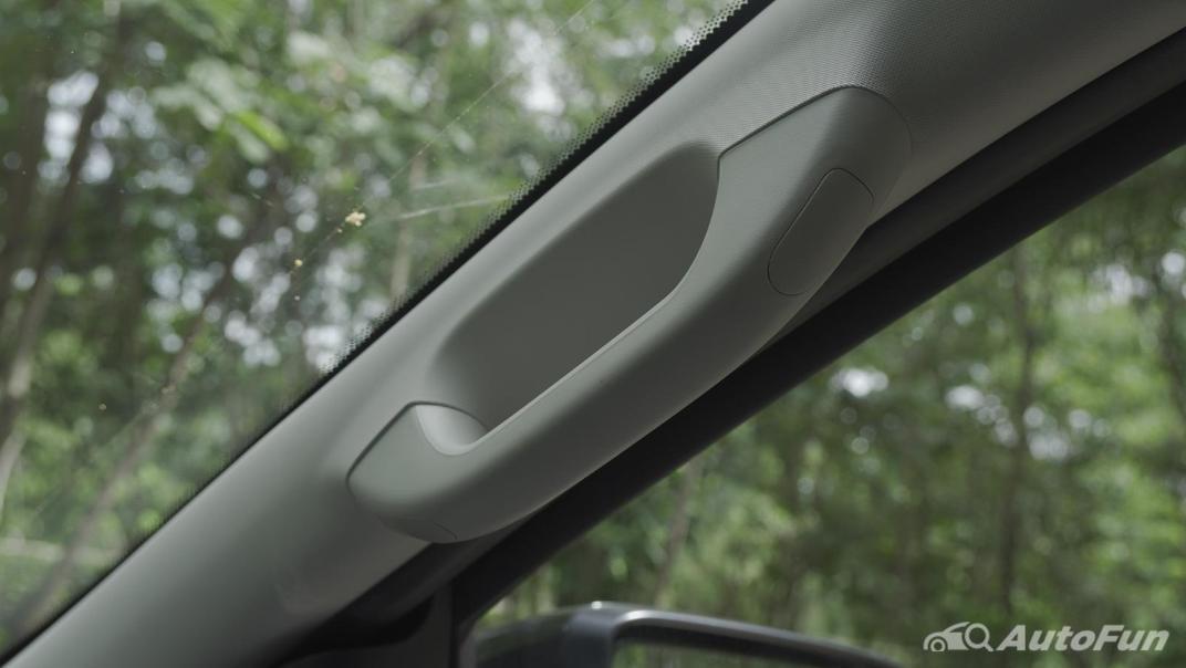 2021 Ford Everest 2.0L Turbo Titanium 4x2 10AT - SPORT Interior 059