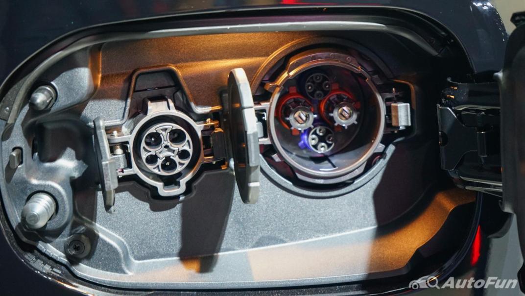 2021 Mitsubishi Outlander PHEV GT Others 004