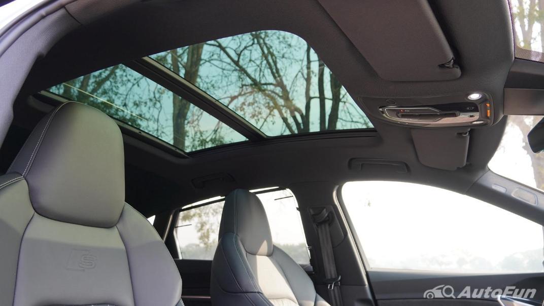 2020 Audi E Tron Sportback 55 quattro S line Interior 074