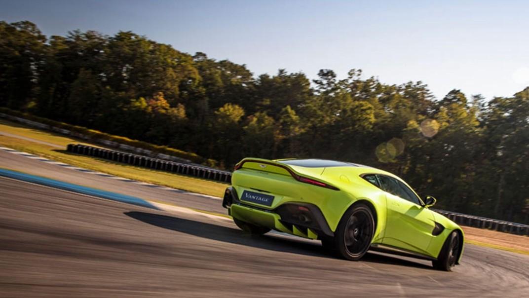Aston Martin V8 Vantage Public 2020 Exterior 006