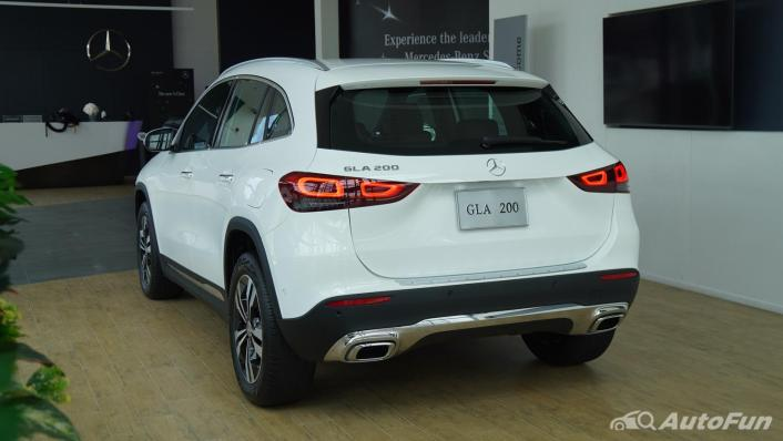 2021 Mercedes-Benz GLA-Class 200 Progressive Exterior 002