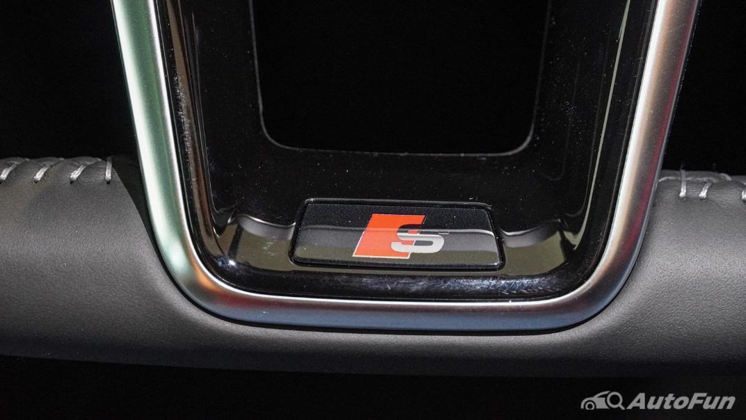 2020 Audi E Tron Sportback 55 quattro S line Interior 017