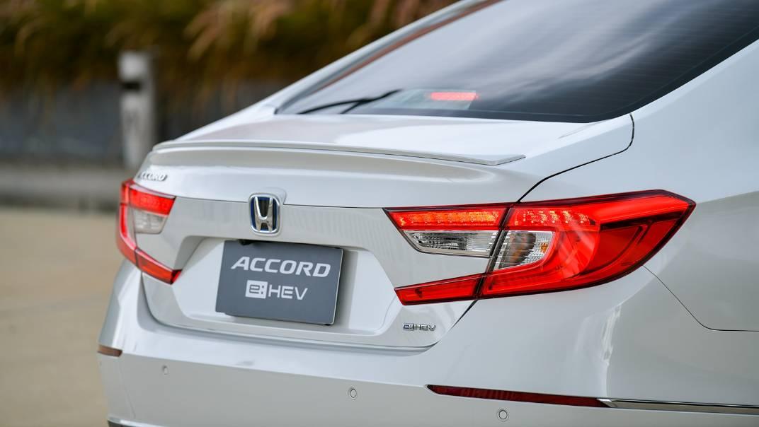 2021 Honda Accord 2.0L e:HEV EL+ Exterior 057