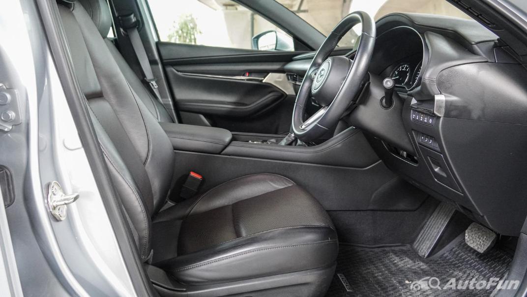 2020 Mazda 3 Fastback 2.0 SP Sports Interior 035