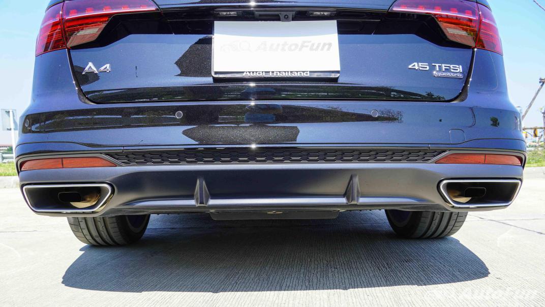 2020 Audi A4 Avant 2.0 45 TFSI Quattro S Line Black Edition Exterior 022