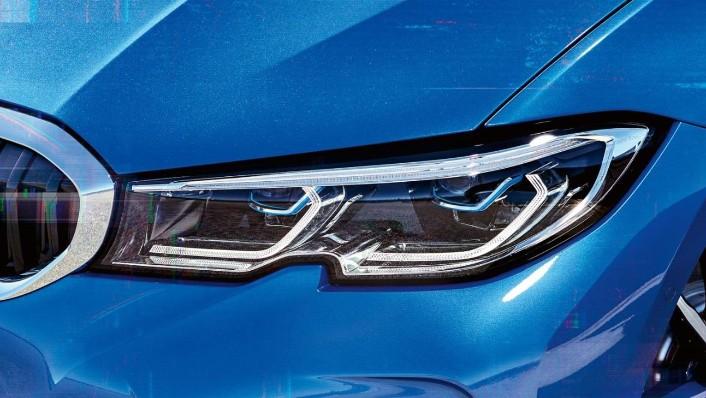 BMW 3-Series-Sedan Public 2020 Exterior 008