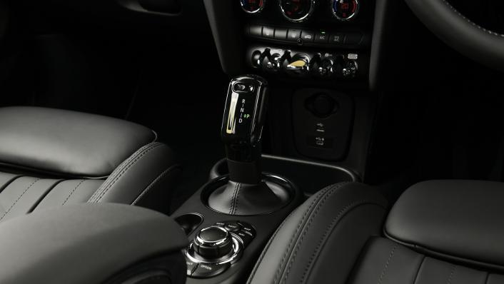 2021 Mini Cooper-Se Electric Interior 009