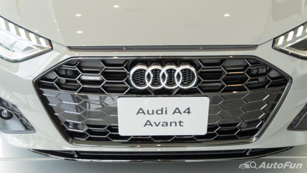2020 Audi A4 Avant 2.0 45 TFSI Quattro S Line Black Edition Exterior 066