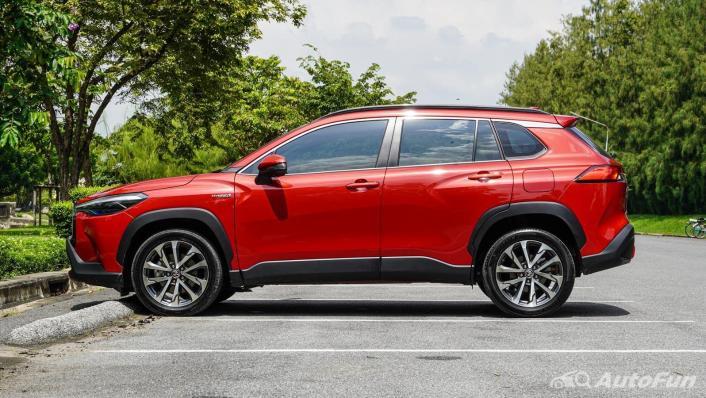2020 1.8 Toyota Corolla Cross Hybrid Premium Safety Exterior 008