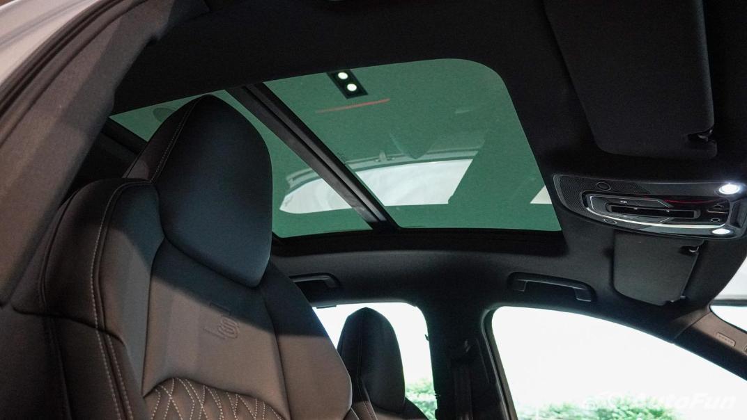 2020 Audi E Tron Sportback 55 quattro S line Interior 120