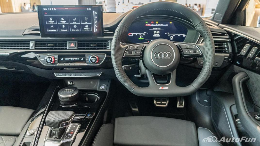 2020 Audi A4 Avant 2.0 45 TFSI Quattro S Line Black Edition Interior 080