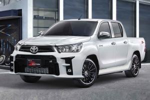 Toyota Hilux Revo GR Sport แต่งซิ่งทางเรียบ เรนเดอร์หน้ารถจาก GR Yaris ราคาหลายล้าน