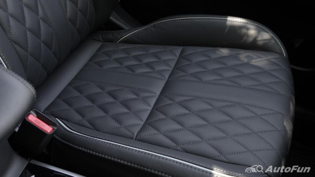 2021 Mitsubishi Outlander PHEV GT-Premium Interior 037