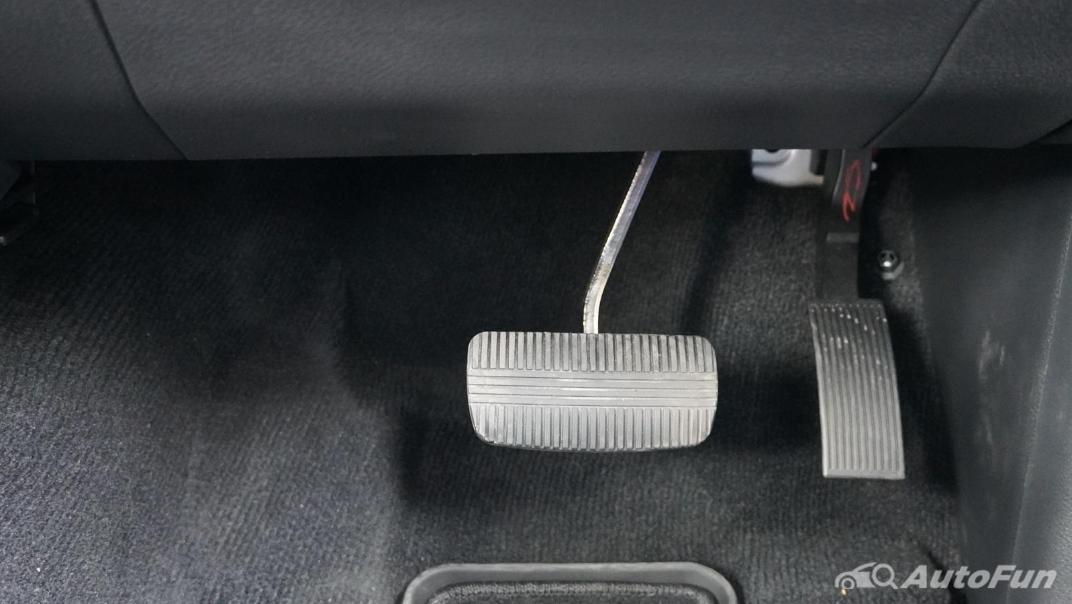 2021 Nissan Navara Double Cab 2.3 4WD VL 7AT Interior 012