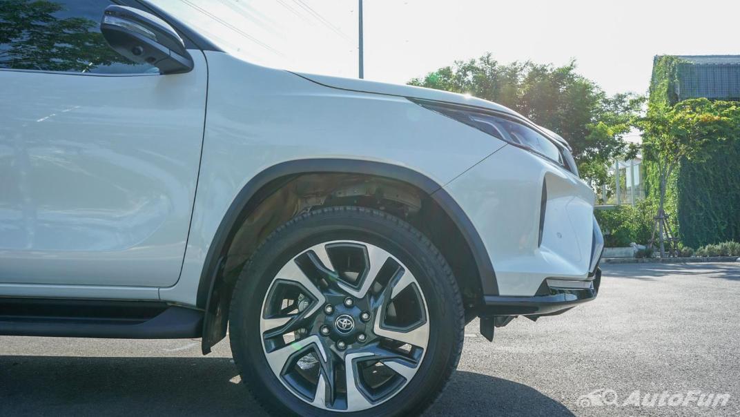 2020 Toyota Fortuner 2.8 Legender 4WD Exterior 037