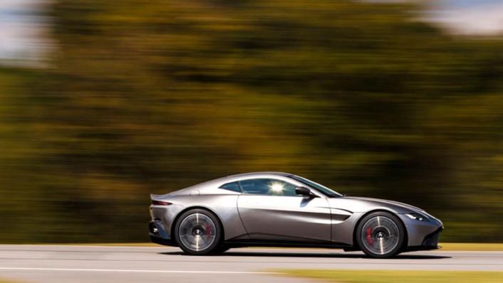 Aston Martin V8 Vantage 2020 Exterior 009