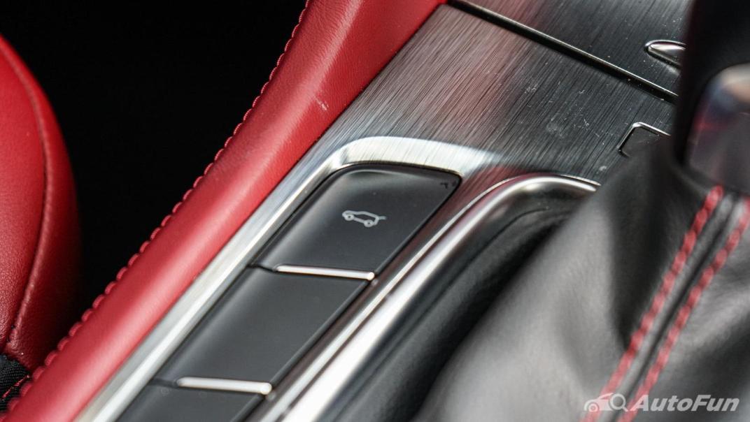 2020 MG HS 1.5 Turbo X Interior 027