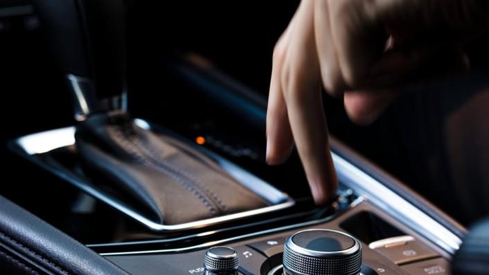 Mazda CX-5 2020 Interior 010