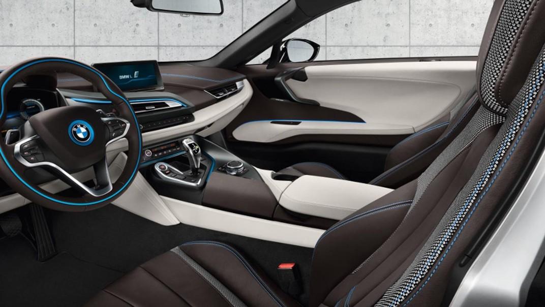 BMW I8 Public 2020 Interior 004