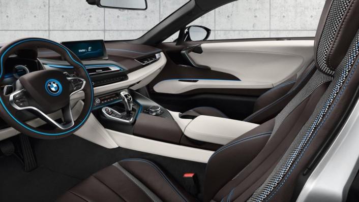 BMW I8 2020 Interior 004
