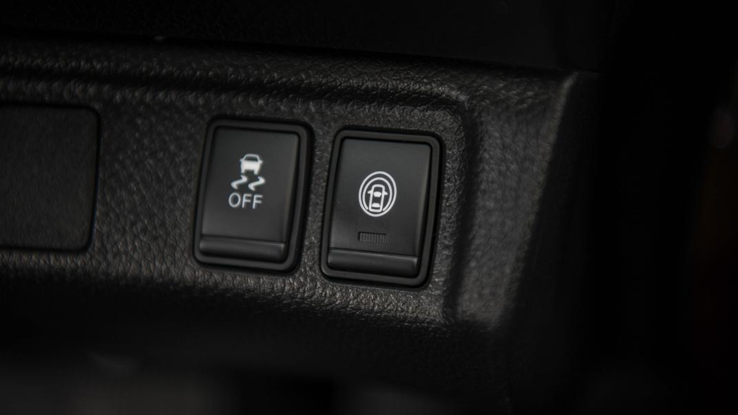 2021 Nissan Navara Double Cab 2.3 4WD VL 7AT Interior 072