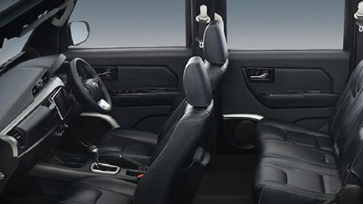 Thairung TR Transformer II 11 Seater 2020 Interior 001