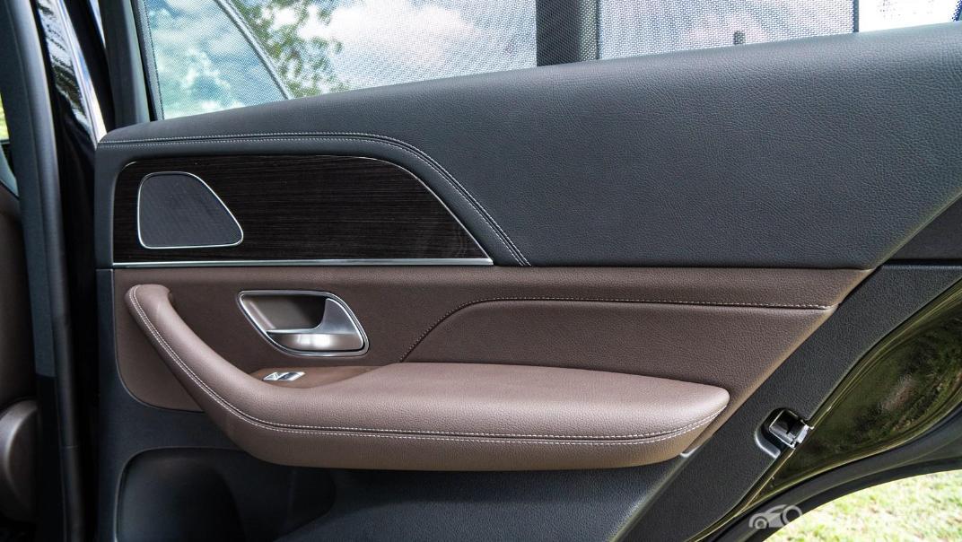 2021 Mercedes-Benz GLE-Class 350 de 4MATIC Exclusive Interior 031