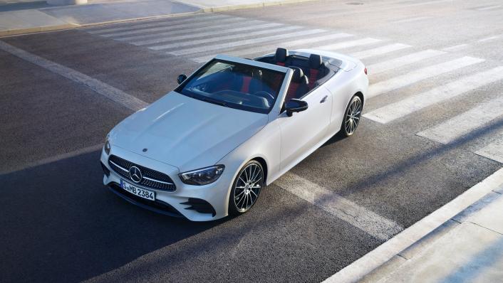 2021 Mercedes-Benz E-Class Cabriolet E 200 AMG Dynamic Exterior 001